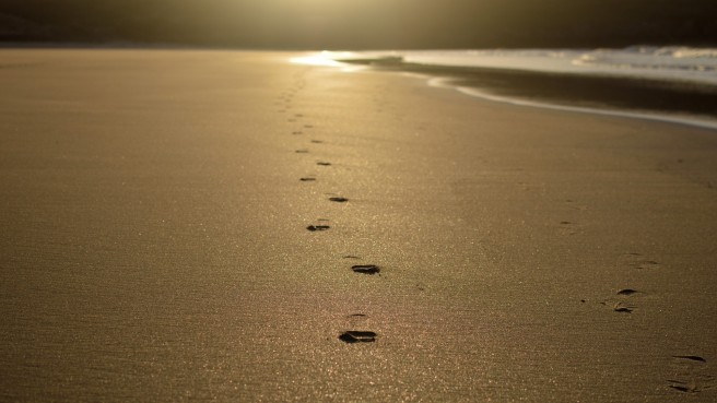 sand-walk-in